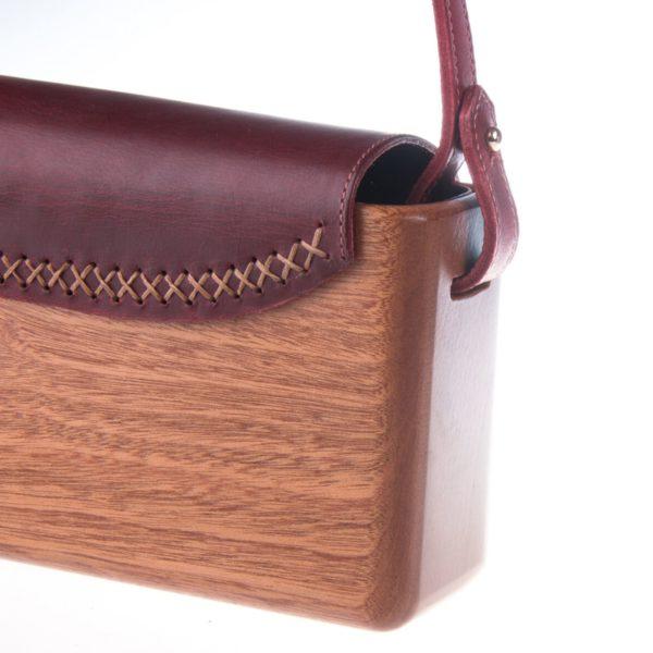 The Wagbag : Acajou cuir bordeaux